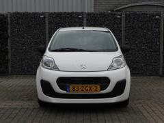 Peugeot-107-16